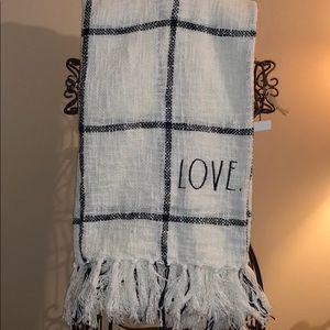 🔥 Rae Dunn LOVE Throw Blanket